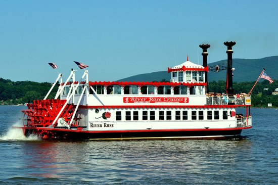 River Rose Cruise on the Hudson River
